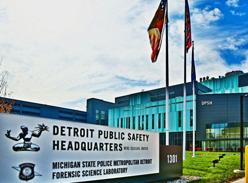 WATCH: Detroit Cops Shoot and Kill Barking Dog - Photography