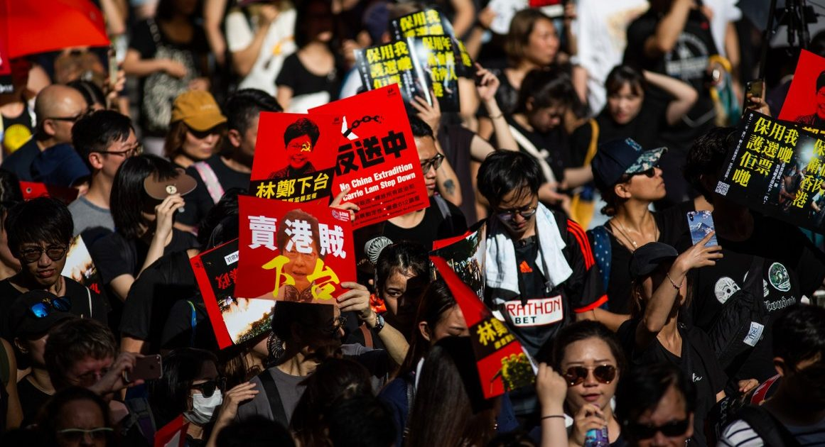 Hong Kong Protests Show Dangers of a Cashless Society