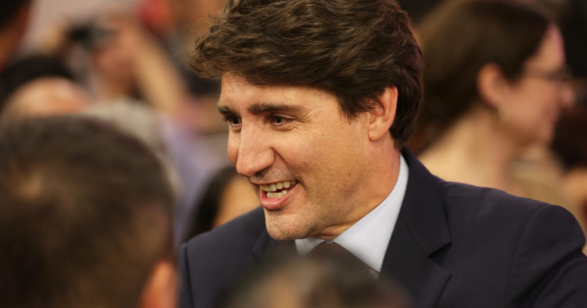 Justin Trudeau Apologizes for Brownface Photo
