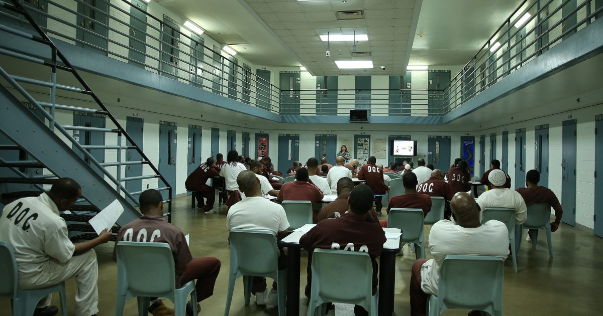 West Virginia Inmates Will Be Charged by the Minute to Read E-Books on Tablets