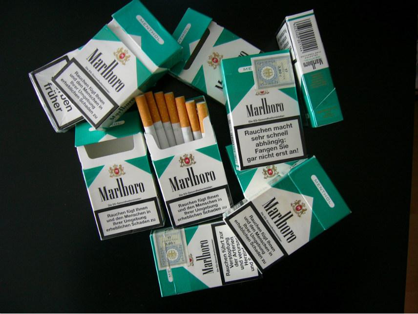 Marlboro Menthol cigarette boxes.