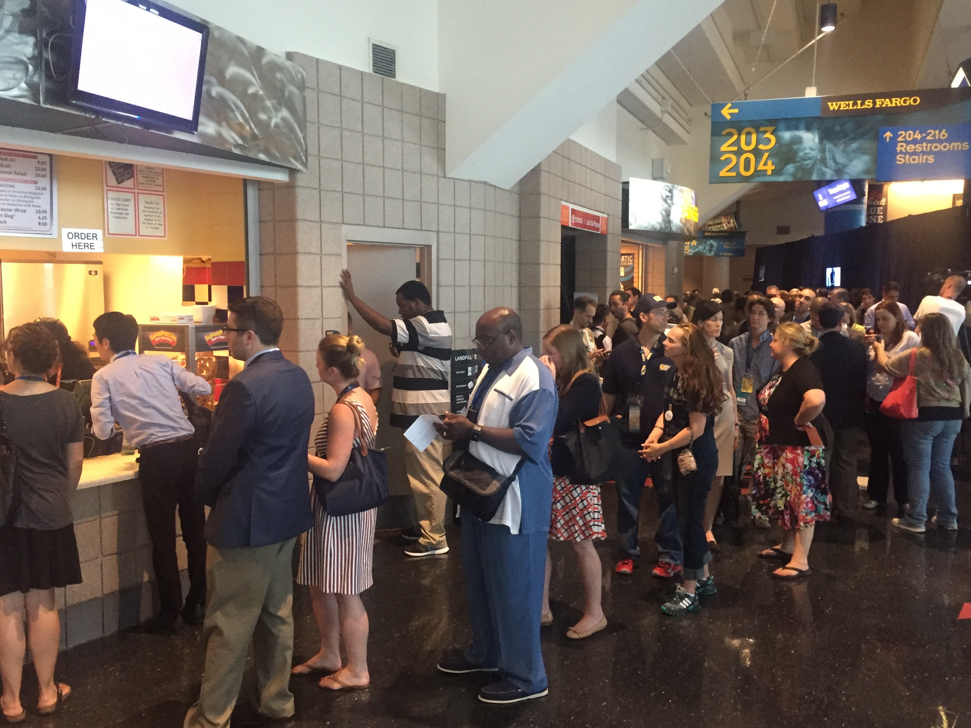 Centrally planned food desert at the DNC!