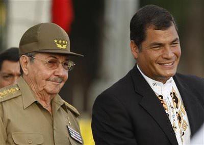 Correa Visits Havana Wax Museum